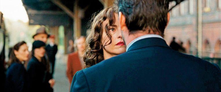 Nina Hoss als Nelly von Len in Phoenix. Beeld .
