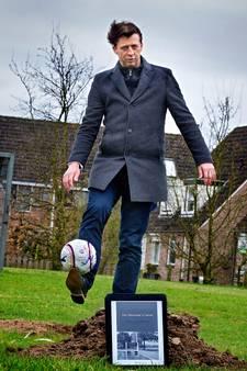 Helmondse voetbaltrainer schrijft boek over jaar in Liessel