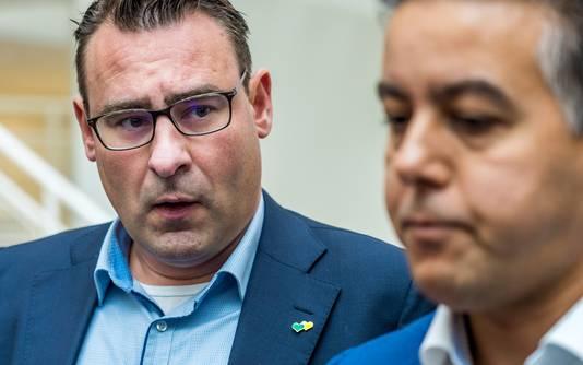 De in opspraak geraakte wethouders Richard de Mos en Rachid Guernaoui