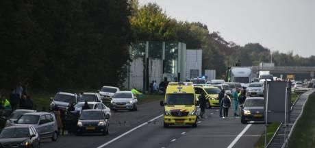 Lange file op A35 bij Enschede door ongeval en wegwerkzaamheden