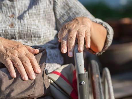 Bewoonster seniorencomplex Ulvenhout is kwelgeest voor medebewoners