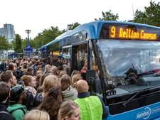 Klachten over volle regionale bussen stapelen zich op, vooral in Zwolle