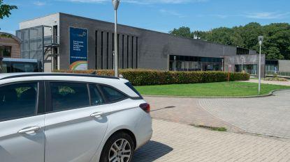 'Lockerbende' rooft auto's in zwembroek: tien wagens gestolen vanop zwembadparkings