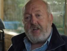 Gerrie bestuurde 30 jaar zijn tankwagen, met één arm en twee vingers, tot het CBR zijn rijbewijs ongeldig verklaarde