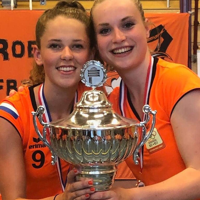 Fabiënne van Erk (links) en Resy Weijts.