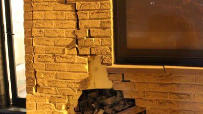 Tweede keer in drie jaar: auto rijdt gevel flatgebouw kapot