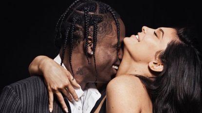 """Kylie Jenner en vriend Travis voor het eerst samen op de cover: """"Onze liefde ging helemaal vanzelf"""""""