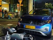 Beschonken automobilist ziet scooter over het hoofd