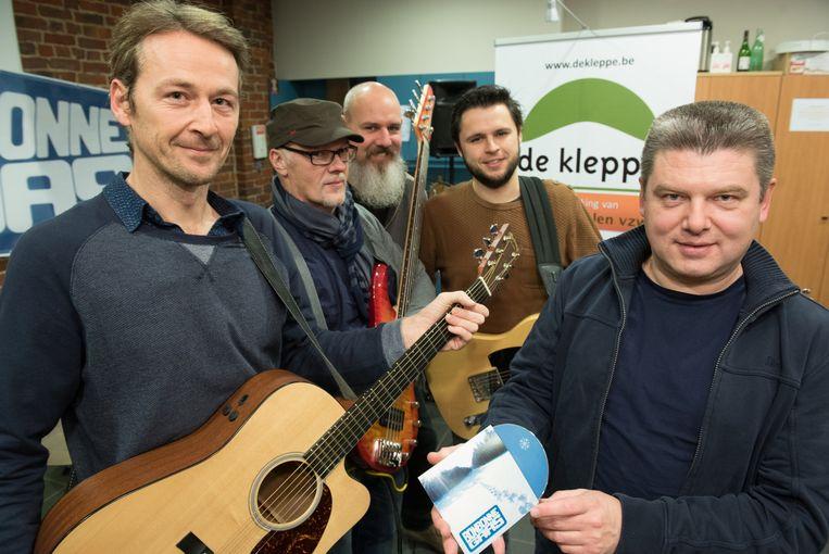 Bonbonne Gaas, met leden uit Geraardsbergen en Lierde, brengt een cd uit ten voordele van Ter Kleppe.