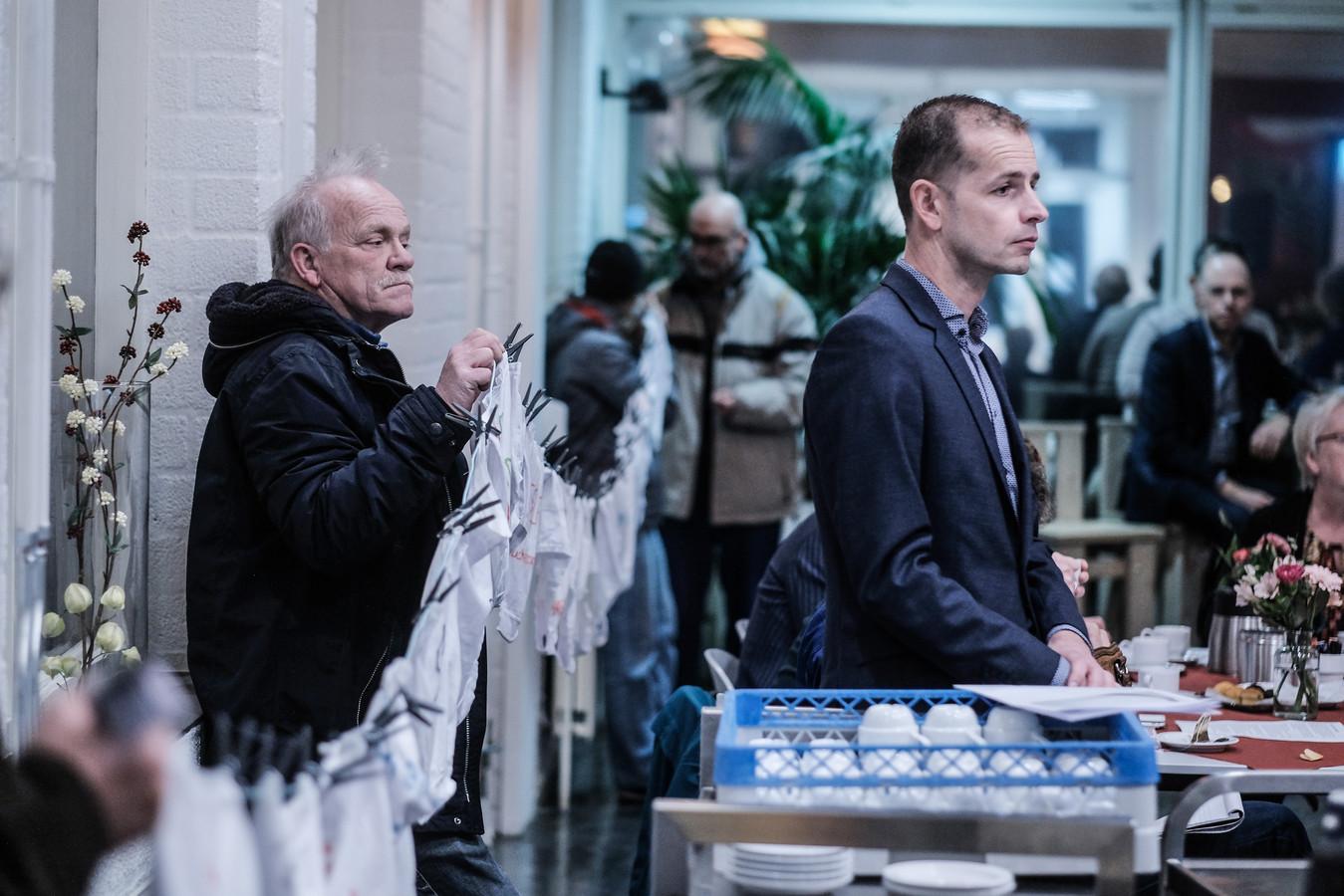 Eerder protest tegen de werkwijze van Laborijn, met rechts Jorik Huizinga, voorzitter van het algemeen bestuur.