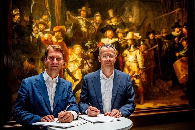 Thierry Vanlancker, ceo van AkzoNobel (rechts). Beeld ROBIN Utrecht / ANP