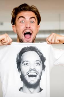 T-shirts met hoofd van Bas Smit vliegen de deur uit van Goudse modezaak