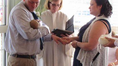 Koppel trouwde in ziekenhuis zodat hun overleden zoontje Conner erbij kon zijn