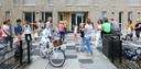 Basisischool De Bron viert een nieuw onderkomen in gebouw Ontmoetingshuis in 2014.