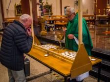 Kerkgang voelt ook in Losser weer vertrouwd, maar wel anders