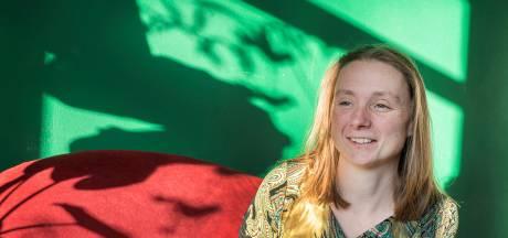 Marjolein Pieks tekent twee jaar bij als dorpsdichter van Heumen