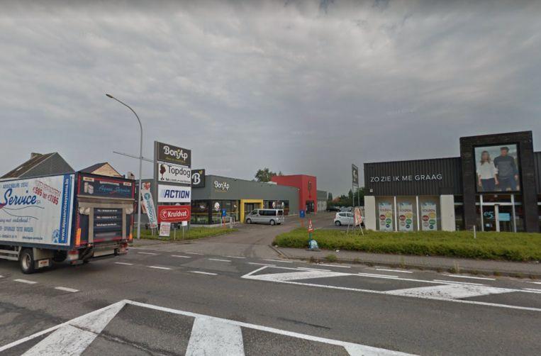 Het winkelcomplex op de Zuidlaan.