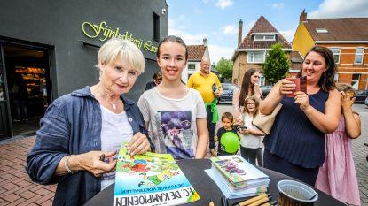 """""""Pascalleke"""" van FC De Kampioenen lokt 300 mensen naar Fijnbakkerij Lieven voor lancering Kampioenenbrood"""