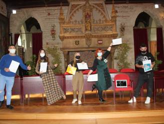 Negen Leuvense jongeren behalen certificaat YouthStart