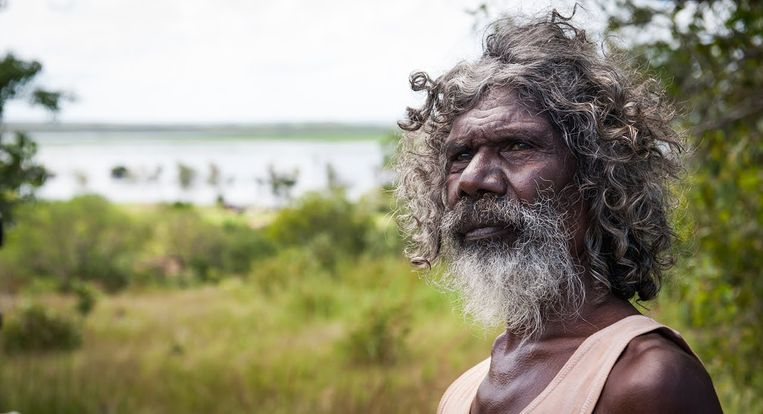 Charlie's Country Beeld