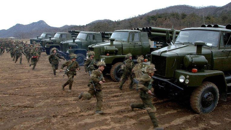 Noord-Koreaanse soldaten oefenen voor een mogelijk conflict met Zuid-Korea Beeld reuters