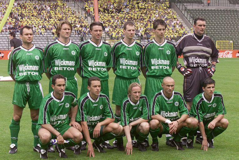Het elftal van Lommel tijdens de bekerfinale.