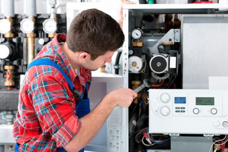 DE firma ADK liet 286 verwarmingsketels controleren door niet-opgeleide medewerkers.