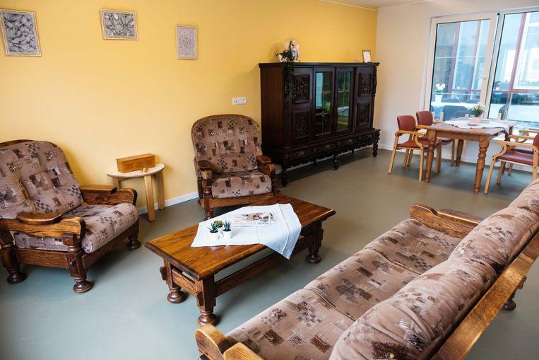 Woonzorgcentrum Mandana biedt dementerende bewoners een huis aan dat is ingericht met meubels uit de oude doos.
