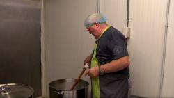 Swa maakt 150 kilo stoofvlees voor Tomorrowland