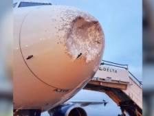 Un avion Airbus endommagé par d'énormes grêlons