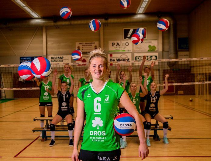 Lauri Luijken begint zaterdagavond met de volleybalsters van Alterno aan het seizoen in de eredivisie.