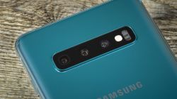 Waarom je wel/niet een smartphone met 5 camera's moet kopen