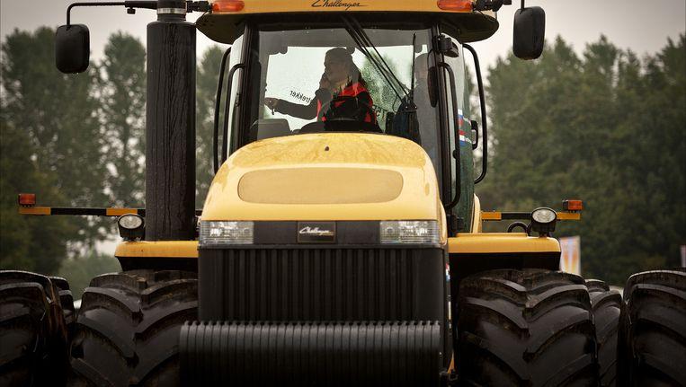 Tractor (archiefbeeld) Beeld null