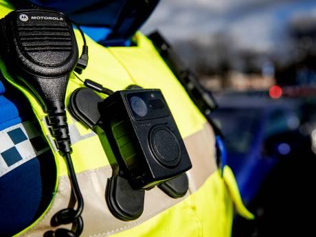 Deurwaarder begint petitie voor bodycams na gijzeling en afranseling in Nieuwleusen