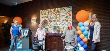 Kleurplaat gemaakt door bewoners van de Fendertshof, is nu een kunstwerk