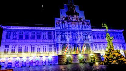 Stadhuis in het blauw voor Wereld Diabetes Dag