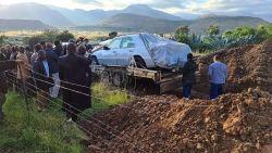 Laatste wens ingewilligd: Zuid-Afrikaan met zijn Mercedes begraven