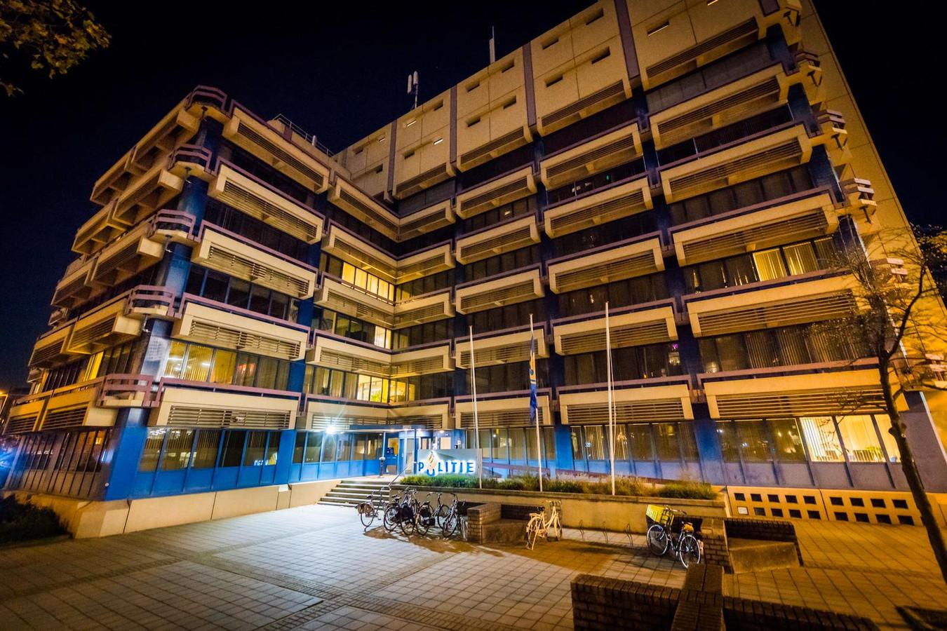 Politiebureau aan Mathildelaan in Eindhoven