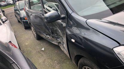 Geen gewonden nadat auto aangereden wordt in de flank