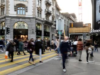 Overtuigende kentering in coronacijfers zonder lockdown: zo heeft Zwitserland dat verwezenlijkt