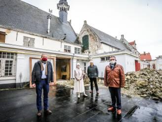 """IN BEELD. Eeuwenoude Magdalenagasthuis krijgt eindelijk restauratie die het verdient: """"Hoognodig, want de gebouwen zijn tot op de draad versleten"""""""