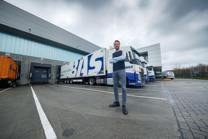 Medewerkers van transportbedrijf BAS uit Etten-Leur die het nu even wat minder druk hebben, gaan zich inzetten voor goede doelen.