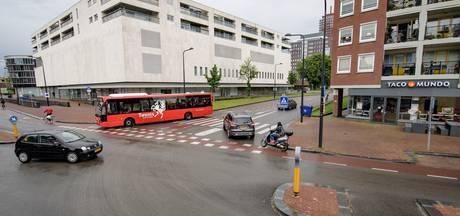 Het mag weer: rechtsaf slaan naar de Mooienhof in Enschede