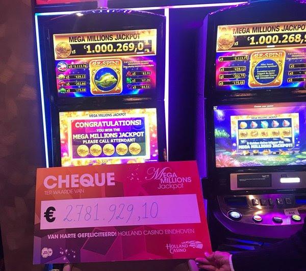De cheque van de winnaar in Holland Casino Eindhoven.