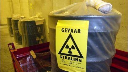 Greenpeace voert in Mol actie tegen transport kernafval