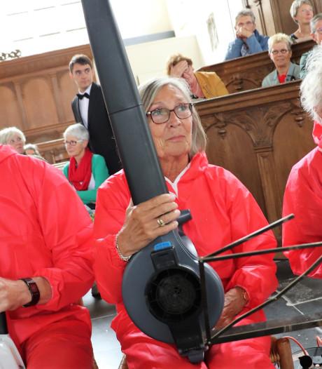 Concert van blaasinstrumenten én bladblazers in Culemborg