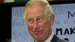 Britten smullen van boek over de extravagante en egocentrische levenswijze van prins Charles
