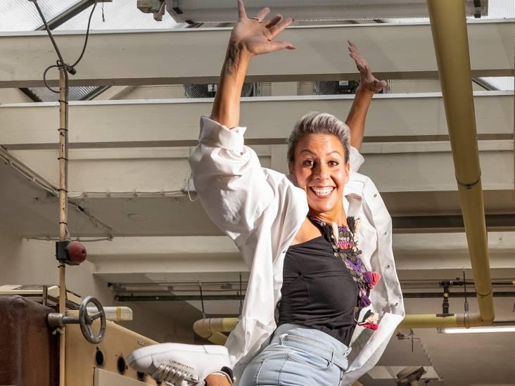 Mouna Laroussi keert tijdens tour van haar eerste solovoorstelling terug in Groene Hart