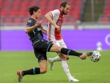 Ajax maatje te groot voor RKC in eerste oefenduel, eretreffer Van Grunsven