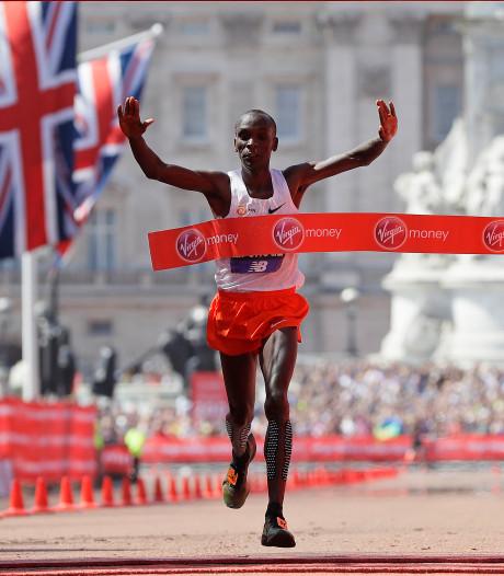Kipchoge komt te kort voor wereldrecord marathon in Londen